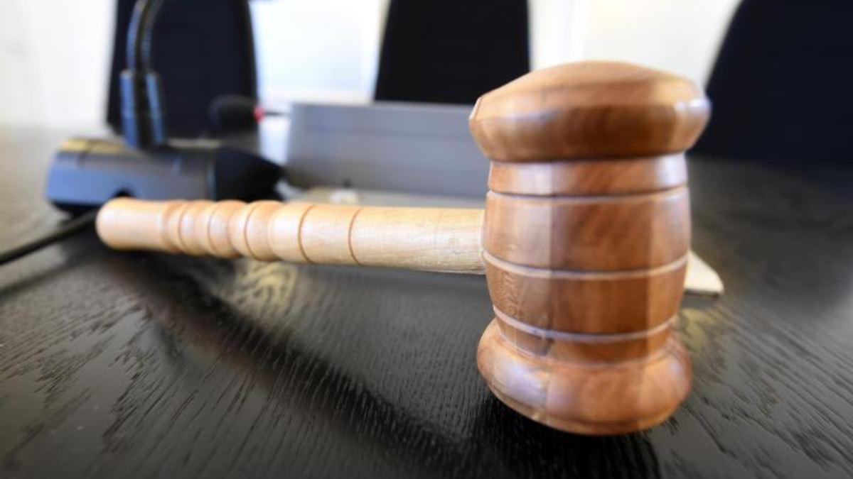 Eltern von sterbendem Kind erpresst - drei Jahre Haft