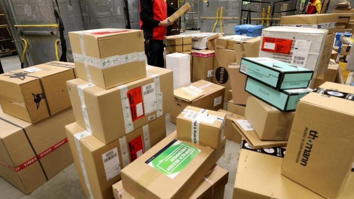 Photo of Bayern: DHL stellt Pakete erstmals an einem Sonntag zu   n-tv NACHRICHTEN