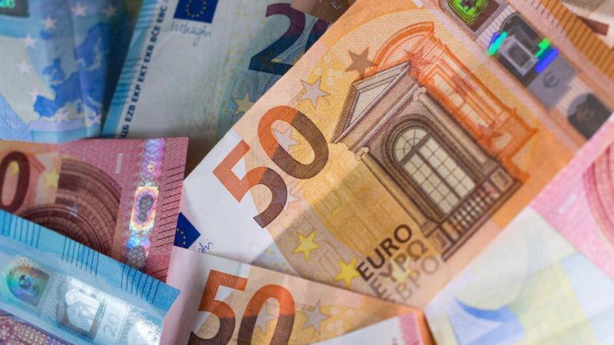 Steuerberater für freie Beantragung der Hilfe bis 5000 Euro