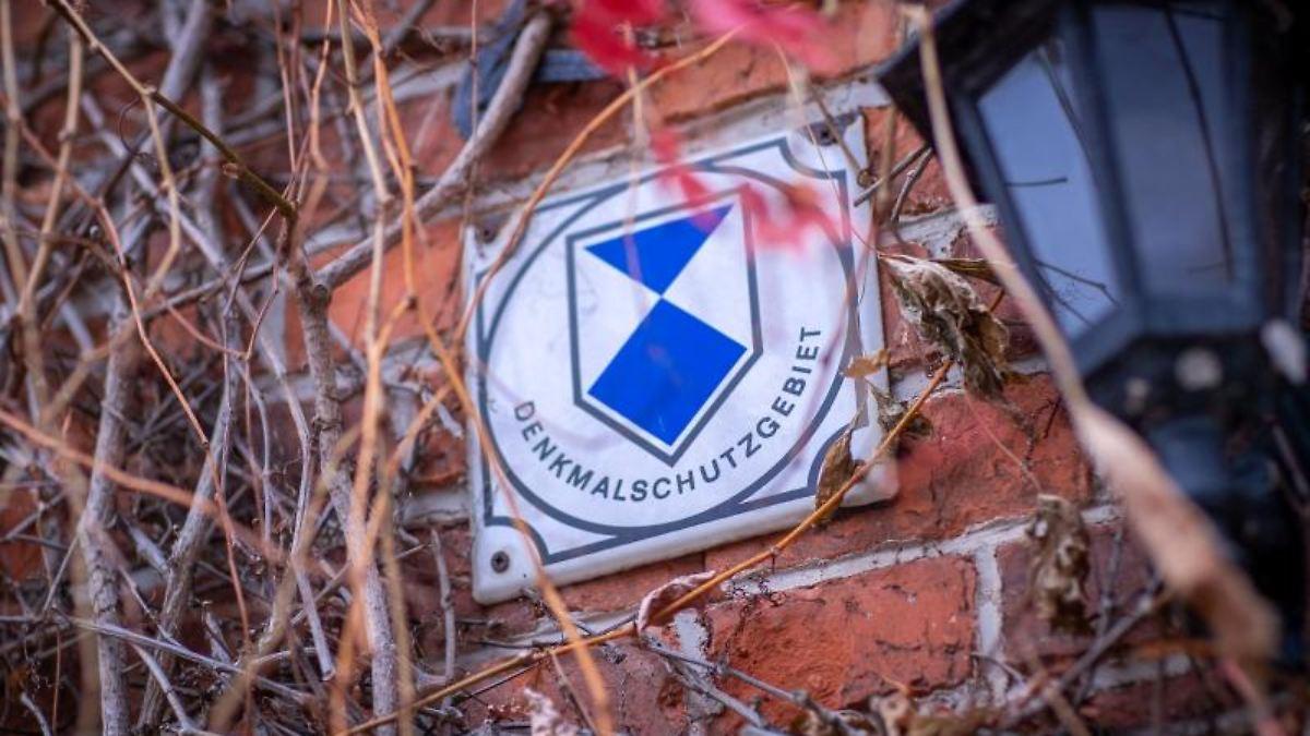 Schlossstraße: Häuserpflanzen ab für den Denkmalschutz