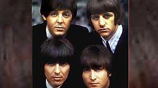 Die Beatles gab es zwar längst nicht mehr am 8. Dezember 1980, aber dass die vier ehemaligen Pilzköpfe eines Tages wieder zusammen finden würden, diese Vorstellung wurde an jenem kalten Abend in New York für immer zunichte gemacht.