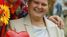 """Heute, am 25. Juli 2008, will jenes Wunderkind vor allem Ruhe von dem Trubel. """"Ich werde meinen 30. Geburtstag ganz ruhig angehen"""", sagt Louise Brown."""