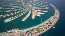 """... wird jetzt Realität. """"The Palm Jumeirah"""", die erste von fünf geplanten Inseln vor der Küste Dubais, wurde eröffnet."""