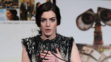"""""""Nicht schön, aber schrullig"""": Anne Hathaway"""