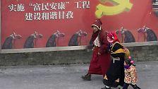 Es ist der 10. März 2009, der 50. Jahrestag des Aufstands in Tibet gegen die chinesische Besatzung. Zeit für Propaganda.