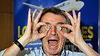 Der Chef der irischen Billigfluggesellschaft Ryanair, Michael O'Leary, ist für die Luftfahrtbranche ein rotes Tuch: Bekannt für seine markigen Sprüche, Provokationen gegen Konkurrenten und jede Menge unkonventioneller Ideen und dabei auch noch erfolgreich.