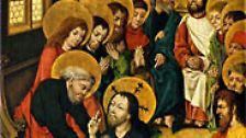 """Der Gottesdienst erinnert daran, dass Jesus beim Abendmahl den Jüngern die Füße wusch. Petrus lehnte zunächst ab. Da sprach Petrus zu ihm: """"Nimmermehr sollst du mir die Füße waschen!"""" Jesus sagt: """"Wenn ich dich nicht wasche, so hast du kein Teil an mir."""""""