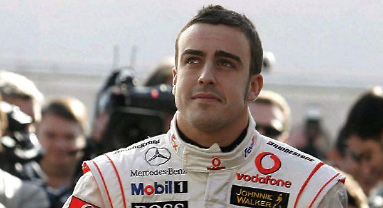 Dieser Mann hier trägt die Startnummer 1. Fernando Alonso ist nicht nur der amtierende Weltmeister, er ist im Jahr eins nach Schumacher auch haushoher Favorit bei der kommenden WM.