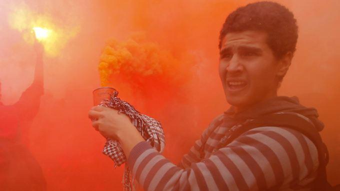 Todesurteil gegen ägyptische Fußballfans: Krawalle überfordern Polizei