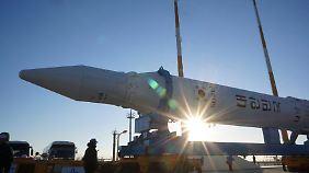 Südkorea bereitet den Start eines Satelliten vor - zu Forschungszwecken, heißt es.