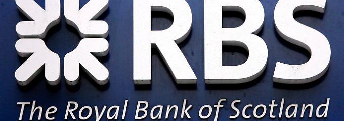 Die großteils verstaatlichte britische Großbank Royal Bank of Scotland will offenbar eine Menge Geld unter die Leute bringen.