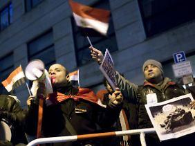 Protest gegen Mursi in Berlin.