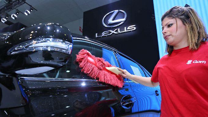 Toyotas Luxusmarke Lexus steht in direkter Konkurrenz zu BMW, Mercedes und der VW-Tochter Audi.