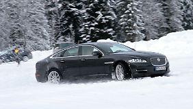 Der XJ mit Allradantrieb ist ab 91.160 Euro zu haben.