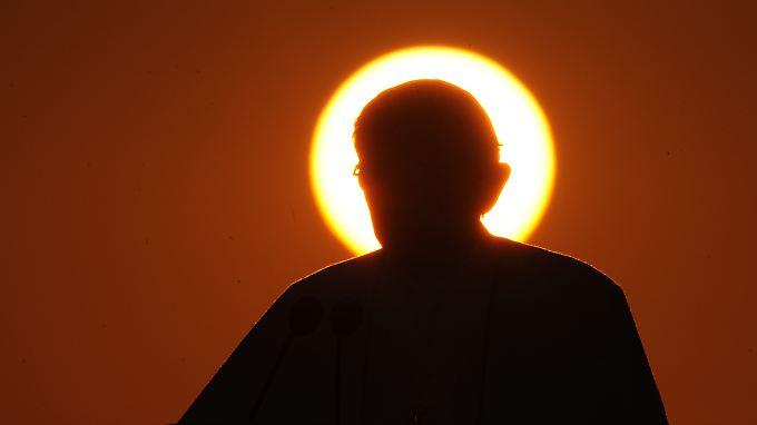 Wer schließt die Lücke, die Papst Benedikt XVI. in der katholischen Kirche hinterlässt?