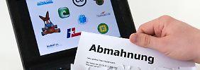 Laut vzbv forderten Kanzleien im Schnitt 800 Euro pro Abmahnung.