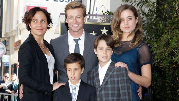 Die Familie war dabei: Simon Baker mit seiner Frau Rebecca Rigg und ihren Kindern Stella, Harry und Claude Baker.