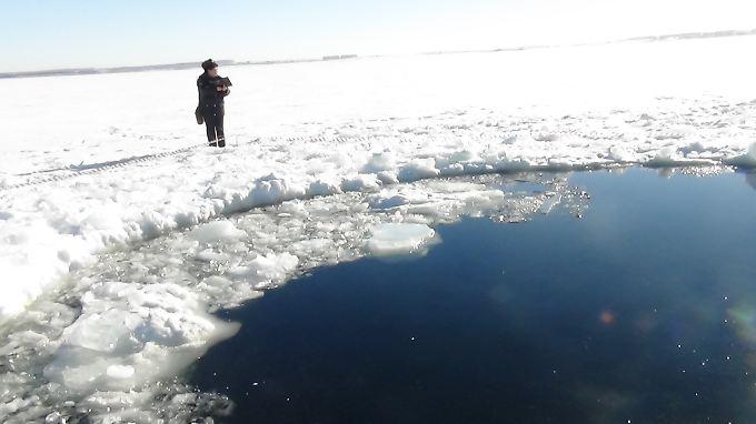 Teile des Meteoriten schlugen in einen See ein.