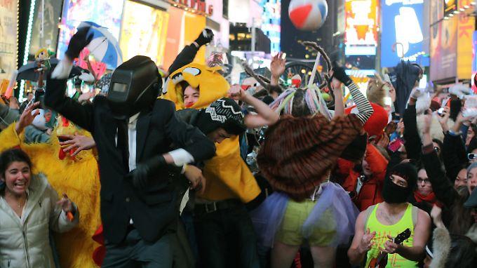 """Dafür braucht es keinen Tanzkurs: """"Harlem Shake""""-Flashmob auf dem Times Square."""