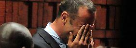 Die Staatsanwaltschaft in Pretoria hält am Mordverdacht gegen Oscar Pistorius fest.