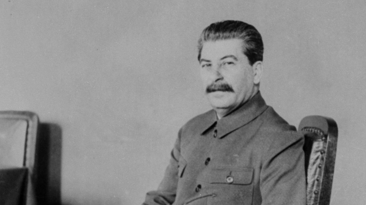 vom revolutionr zum verbrecher josef wissarionowitsch stalin - Wolfgang Schuble Lebenslauf