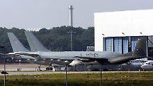 Auf dem militärischen Teil des Flughafens Köln-Bonn in Köln-Wahn.