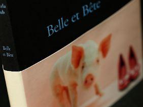 """""""Belle et Bête"""": halb Mensch, halb Schwein."""