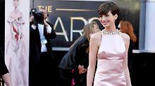 Schauspielerin enttäuscht Valentino: Hathaway trägt falsches Kleid