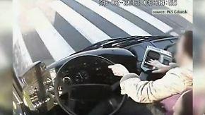 Fahrgäste verhindern Unglück: Busfahrer verliert das Bewusstsein