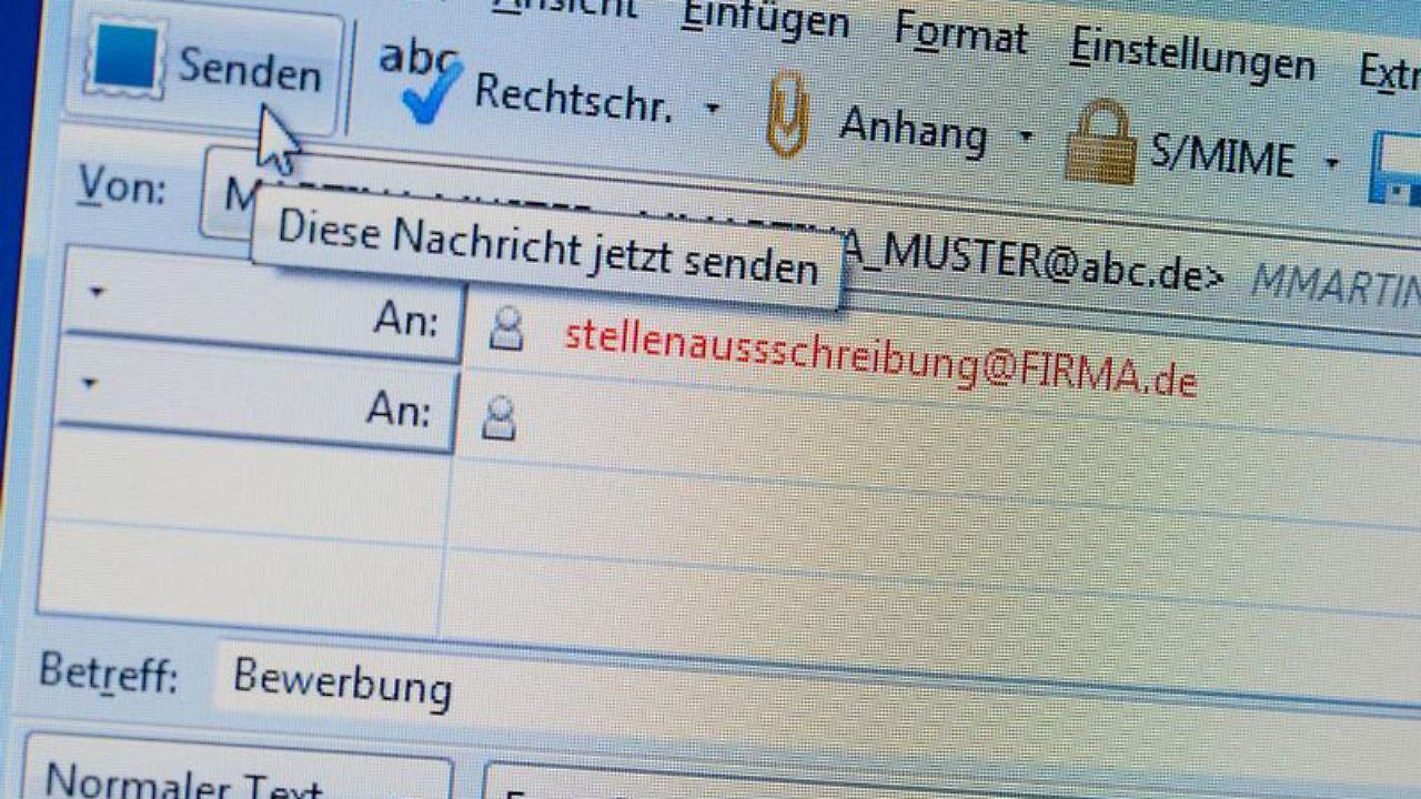 Zu groß, zu bunt, zu chaotisch: Tabus bei E-Mail-Bewerbungen - n-tv.de