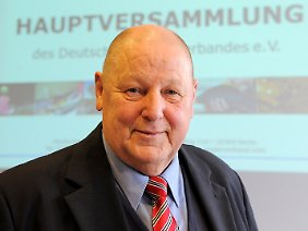 """""""Längst überfällige"""" Entschiedung: DAV-Präsident Günter Markstein."""