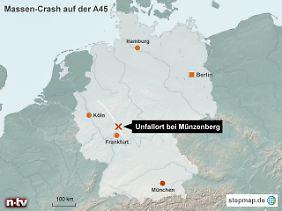 Im starken Schneetreiben: Die A45 verläuft vom Ruhrgebiet über das Siegerland durch die Höhenlagen Mittelhessens bis nach Aschaffenburg.