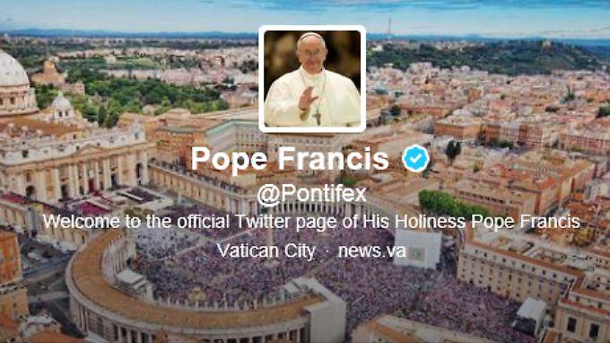 So präsentiert sich Papst Franziskus bei Twitter.