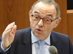 Norbert Walter-Borjans will weiter auf Whistleblower setzen.