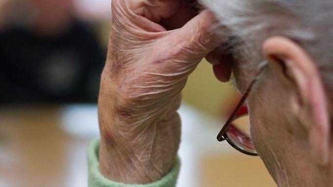 Die Zahl der Demenzkranken in Deutschland steigt jährlich um rund 40.000.