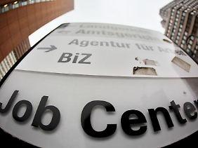 Rüge und Zahlungsanweisung für das Jobcenter.