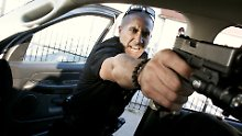 """Cop Brian aus """"End of Watch"""" fackelt nicht lange."""