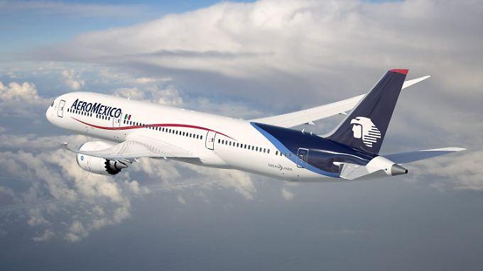 Trotz der Probleme beim Pannenflieger Dreamliner hat Boeing seinen Gewinn gesteigert.