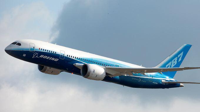 Der erste Linienflug nach dreimonatigem Verbot geht von Addis Abeba nach Nairobi.
