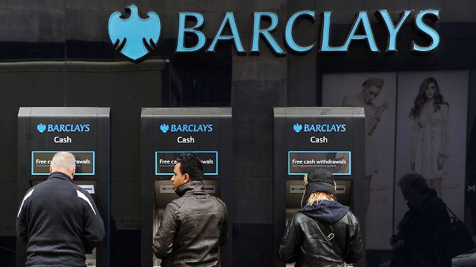 Barclays zahlte als erste Bank für die Zinsmanipulationen: Die Aufseher wollen nun ein völlig neues System schaffen.