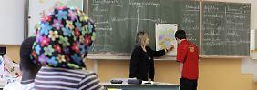Die Schulen wollen mit speziellen Bildungsprogrammen gegensteuern.