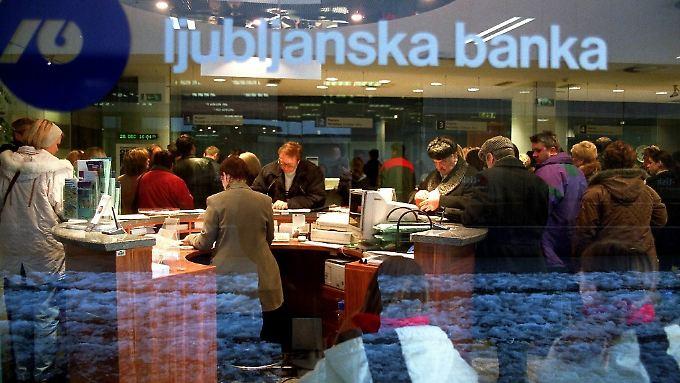 Euro-Gruppe macht Druck: Slowenien will Bankenkrise alleine bewältigen