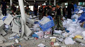 Nur 3 Wochen nach Bangladesch: Schuhfabrik in Kambodscha stürzt ein