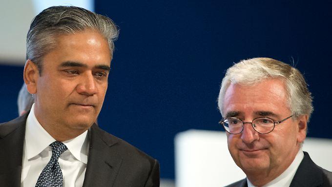 Nimmt Co-Chef Anshu Jain (li.) in Schutz: Aufsichtsratschef Pauk Achleitner (re.).