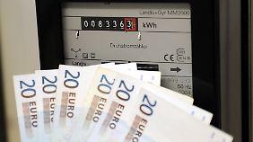 Deutsche zahlen hohe Preise: Blick auf den Stromzähler immer frustrierender