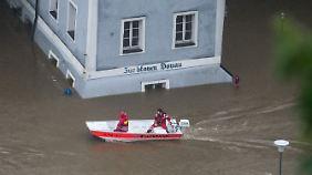 Hochwasserlage spitzt sich zu: Bayern erwartet Rekordpegel