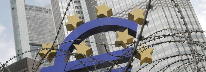 Unruhiges Wochenende: Blockupy-Proteste sorgen im Frankfurter Bankenviertel für Unruhe.