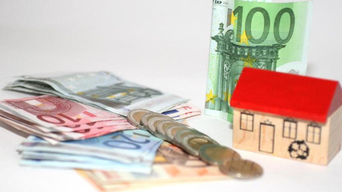 wenig zinsen f r hypothekenkredit umschuldung kann teuer werden n. Black Bedroom Furniture Sets. Home Design Ideas