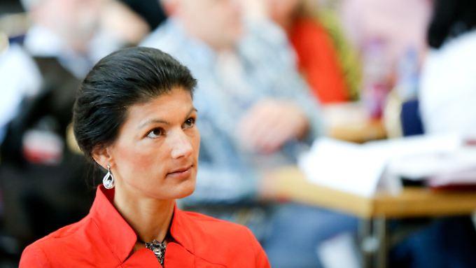 Sahra Wagenknecht entschied sich dagegen, den Änderungsantrag zum Thema Euro aktiv zu verteidigen.
