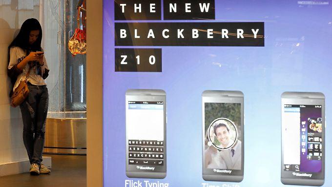 Die Aktien des Handyherstellers Blackberry stürzen ab und ziehen die US-Technologiewerte mit nach unten.